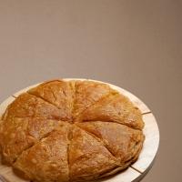 Σπανάκι-Πράσο Πίτα Χειροποίητη Χωριάτικη Οικογενειακή